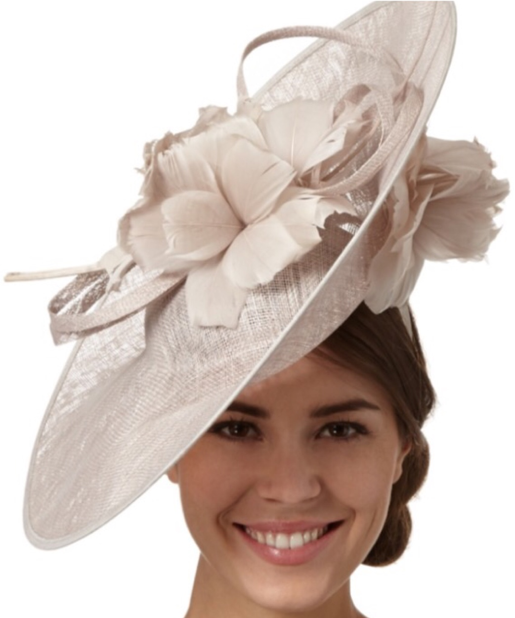 Woman wearing nude grey fascinator with flower embellishment