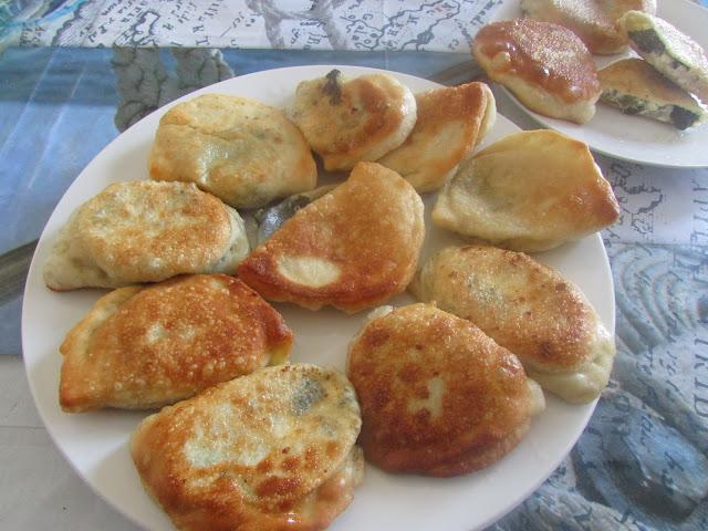 Pitakia ze szpinakiem i serem Feta