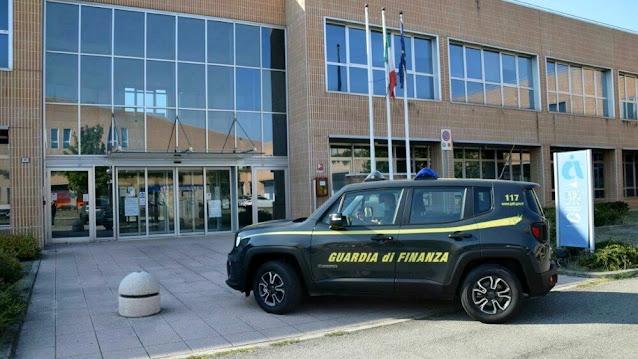 """Operazione """"Dirty Business"""", 29 indagati e sequestri per oltre 6,5 milioni di euro nella provincia di Forlì-Cesena (VIDEO)"""