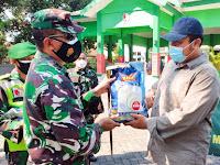Kodim Bojonegoro Salurkan 47,5 Ton Beras Bantuan Kepada Masyarakat Terdampak PPKM Darurat