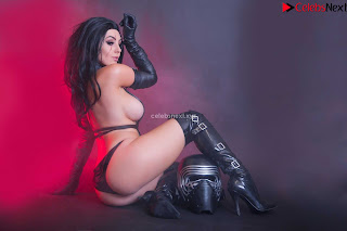 Jessica Nigri Exposing her  and  Hole playing Cosplay Augsust 2018 WOW ~ Celebrity.co Exclusive Celebrity Pics 009