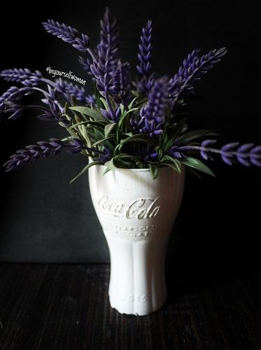 Daur Ulang Gelas Dengan Huruf Timbul Jadi Vas Bunga