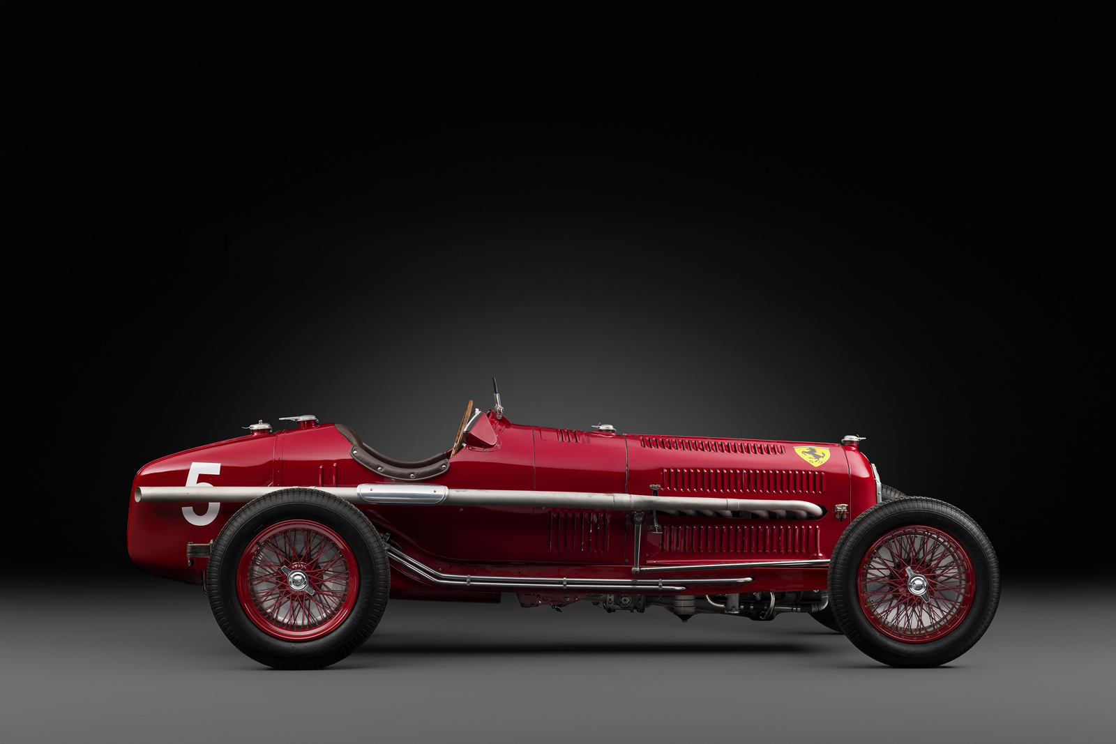 rare 1934 alfa romeo tipo b p3 grand prix racer for sale in paris carscoops. Black Bedroom Furniture Sets. Home Design Ideas