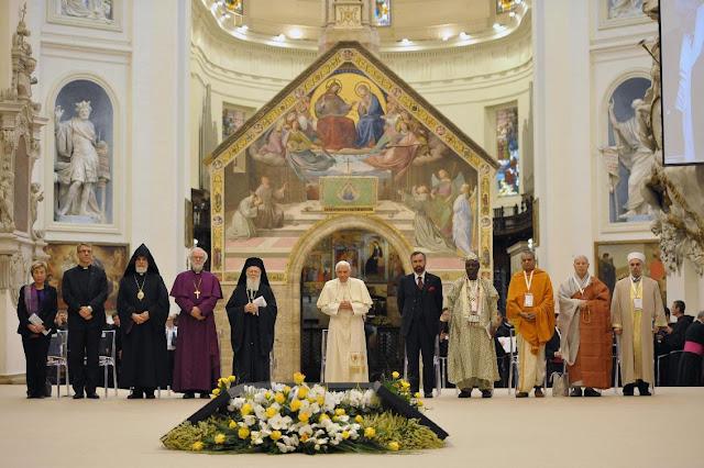 Νεοεποχίτικες τελετές, προάγγελοι της παγκόσμιας Πανθρησκείας