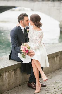 http://www.alessparis.fr/forme-trapaeze-encolure-aa-bateau-manche-longue-daetails-de-cristal-dentelle-a-hauteur-du-genou-courte-satin-robe-mariage-civil-p-14201.html