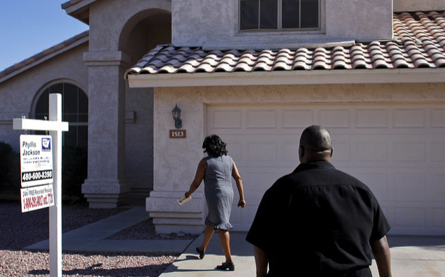 Pending home sales tumble to a 3-year low as housing 'crisis' worsens