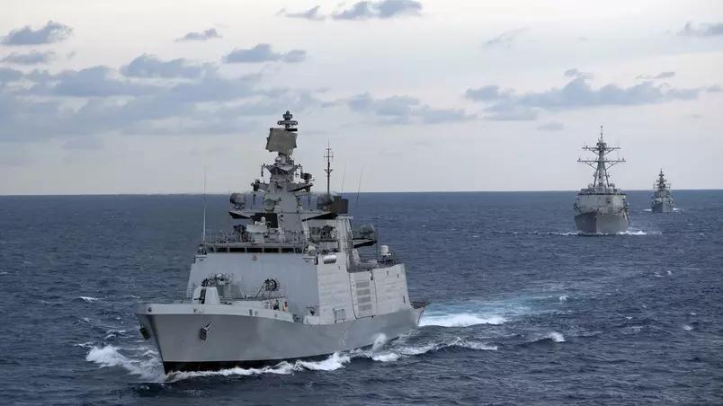 Índia envia força-tarefa com navios de guerra ao Mar da China Meridional