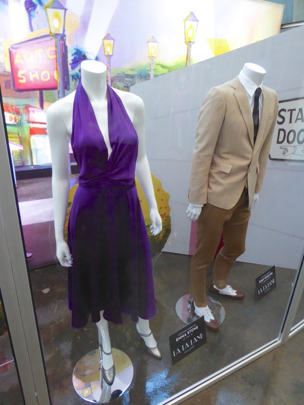 Emma Stone Ryan Gosling La La Land movie costumes
