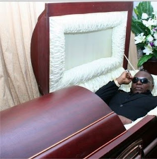 charlie boy coffin casket