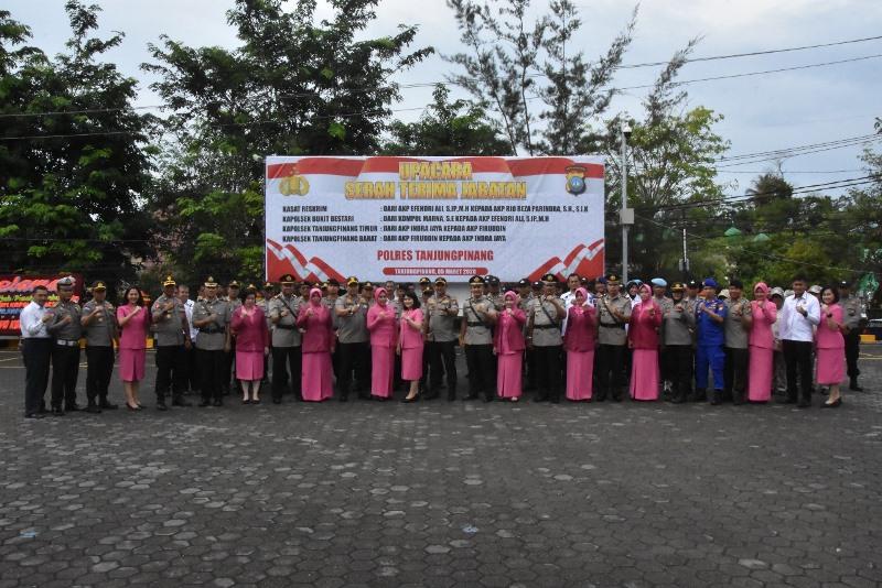 Polres Tanjungpinang Gelar Serah Terima Jabatan Kasat dan Kapolsek di Lingkungan Polres Tanjungpinang