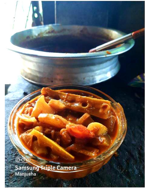 padavalanga-theeyal-recipe