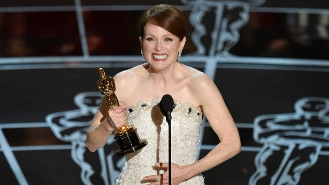premiile oscar 2015 duminica 22 februarie lista completa a castigatorilor premiilor 22.02.2015 trailere oficiale YOUTUBE VIDEO Oscars 2015 Julianne Moore Wins Best Actress Cel mai bun film Birdman categoria Cea mai buna actrita in rol principal premiile oscar 2015 Cel mai bun actor regizor castigatorii oscarurilor The Grand Budapest Hotel Glory Selma cel mai bun cantec original Boyhood Still Alice trailere oficiale video YOUTUBE The Theory of Everything postare blog toti castigatorii de la gala oscar 2015
