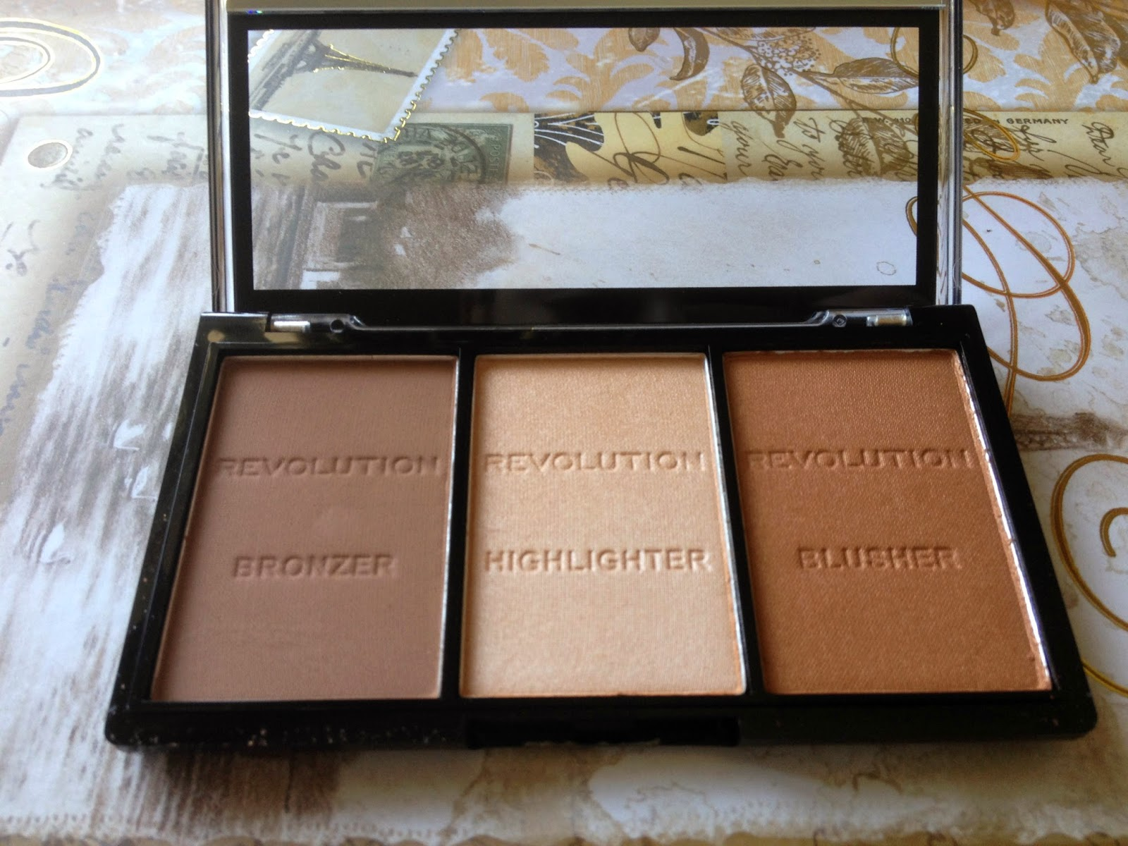 Makeup Revolution Sculpt&Contour Kit