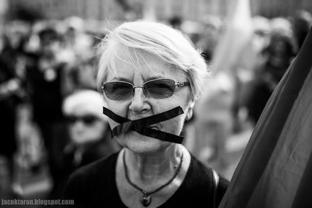 Czarny Protest, milczaca demonstracja, KOD, Krakow, fot. Jacek Taran