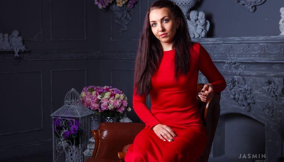 Anisiya Model GlamourCams