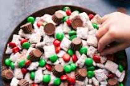 Santa & Raindeer Chow #christmas #snack
