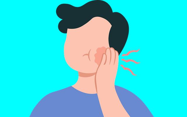 ماذا يحدث في الفم عند خروج ضرس العقل؟