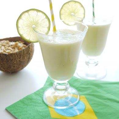 Cocktail Batida Brésilien à l'Ananas et Noix de Coco