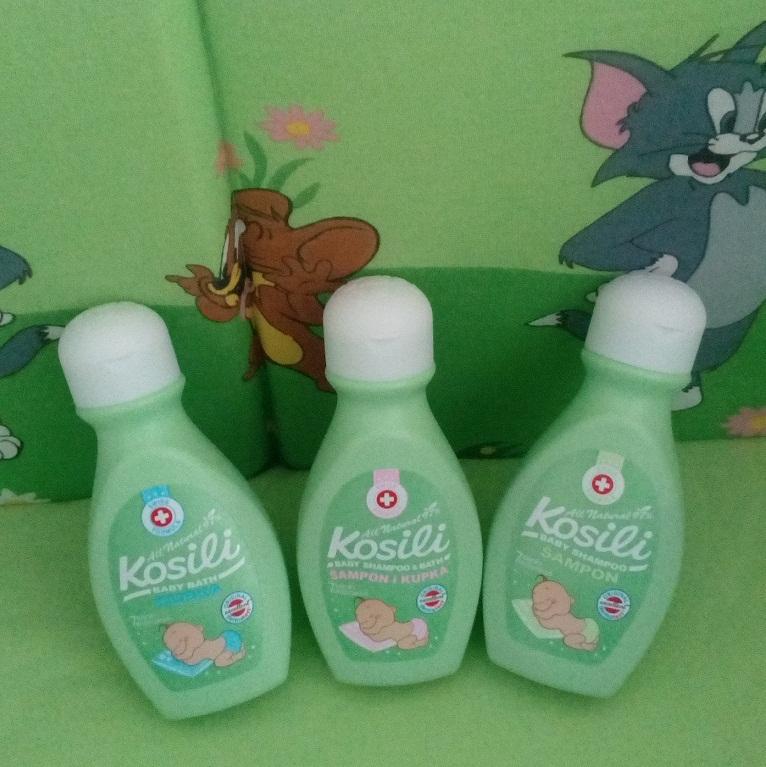 bf64228abed Kosili bebi šampon i kupka za kosu i telo sa blagom formulacijom koja  sadrži 97% prirodnih sastojaka. Namenjena je za kupanje ali i za pranje  kose i nežne ...