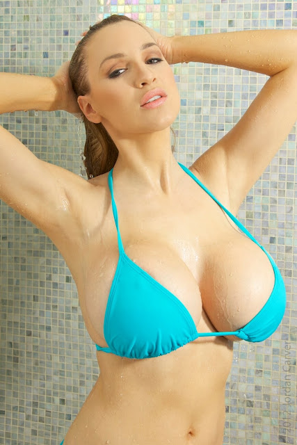 Jordan-Carver-shower-non-nude-picture-1