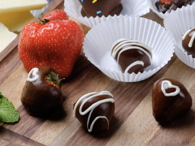 Valentine Chocolate Strawberries
