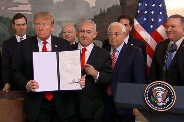 دونالد ترامب يوقع قرارا يعترف بسيادة إسرائيل على مرتفعات الجولان