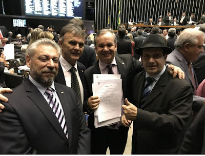 Em Brasília, deputados lançam Frente Parlamentar Armas Pela Vida