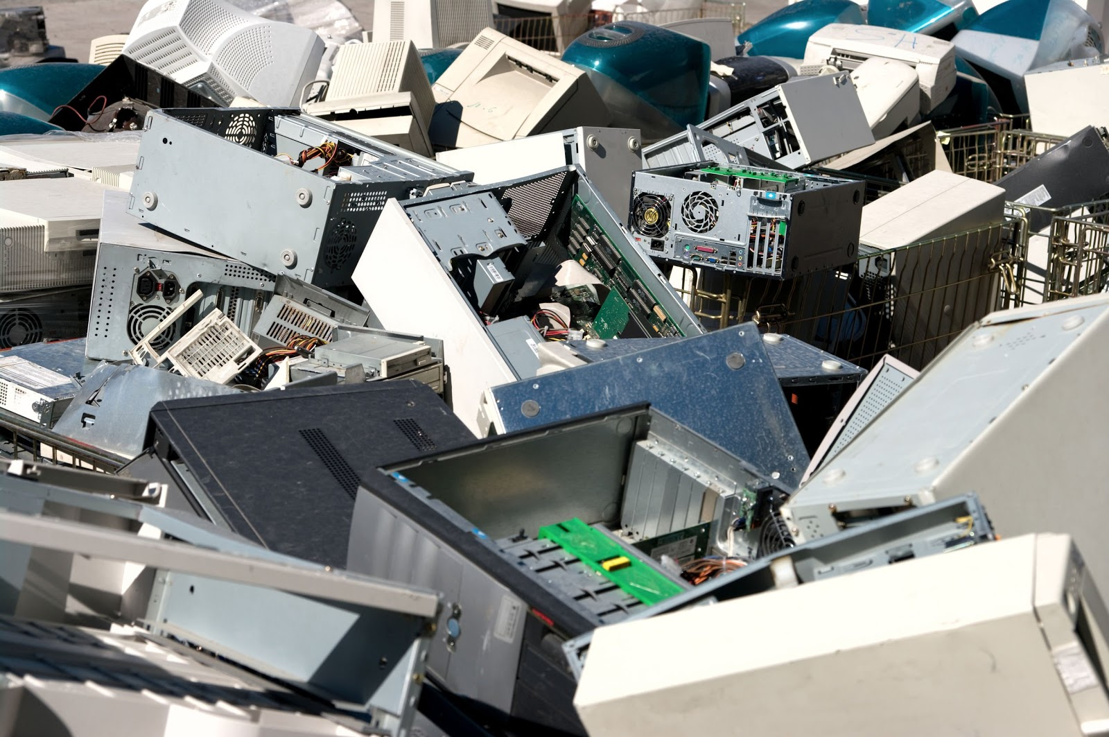 Recycling Old Computers To Save The Environment - 2021