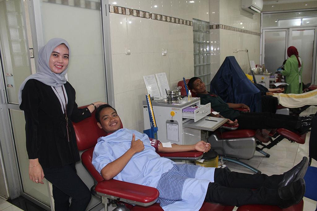 Aksi Donor Darah Insan OJK Jember