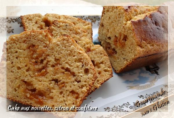 Cake aux noisettes, citron et confiture d'agrumes