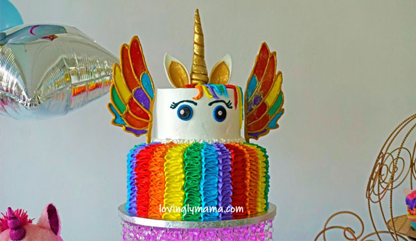 unicorn girl - unicorn onesies- unicorn cake - rainbow unicorn cake - unicorn cupcakes - 6th birthday pictorial - Bacolod Cupcake Cafe - Bacolod mommy blogger - birthday party - rainbow unicorn cake