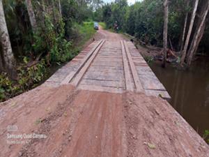 Prefeito Arnaldo Cardoso entrega ponte na zona rural de Buriti-MA