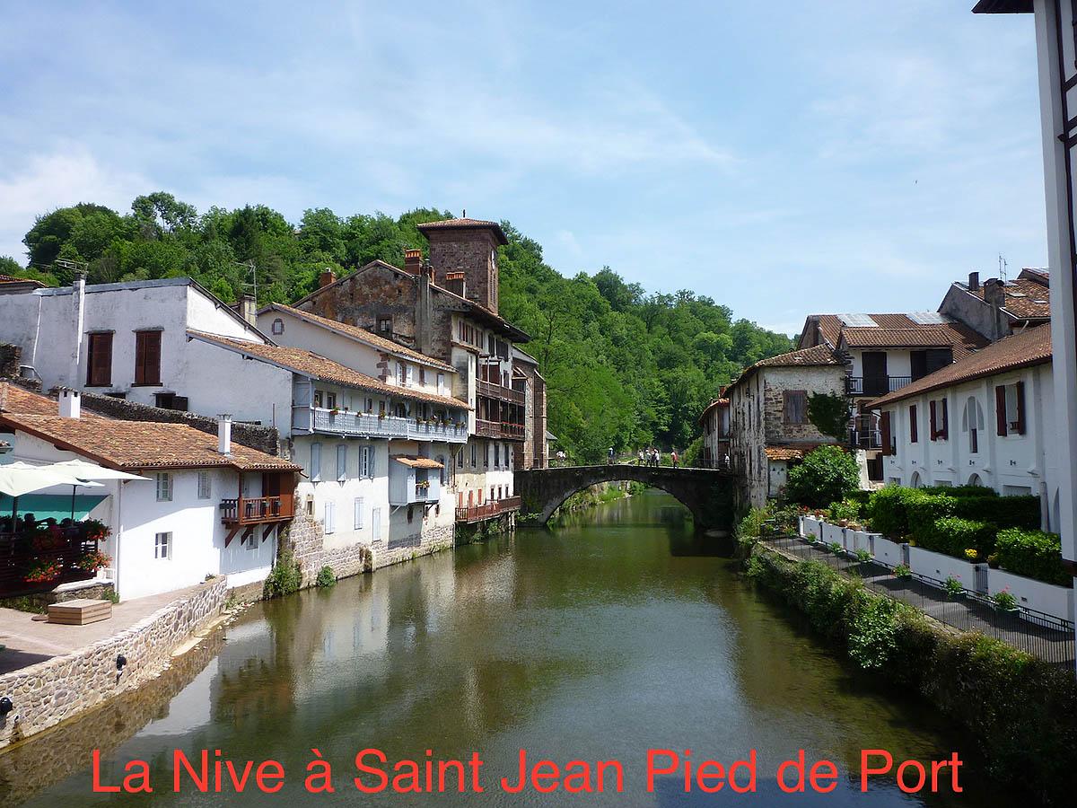 Biarn toust m b arn toujours balade au pays basque la - Hotel des pyrenees st jean pied de port ...