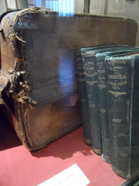 Livres techniques envoyés à Rimbaud en Afrique