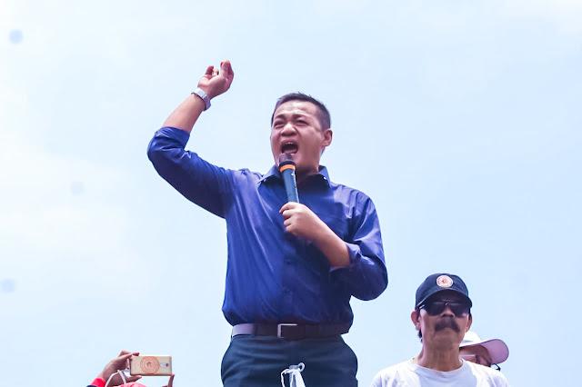 Obon Tabroni Datangi Aksi Buruh di DPR RI