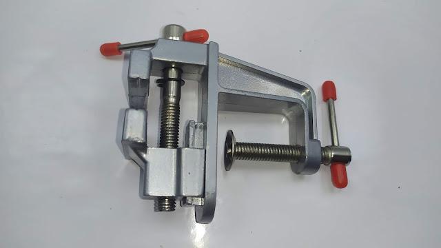 ملزمة صغيرة للعمل على الاشياء الدقيقة - 35mm Aluminum Mini Clamp - Miniature Table Vise