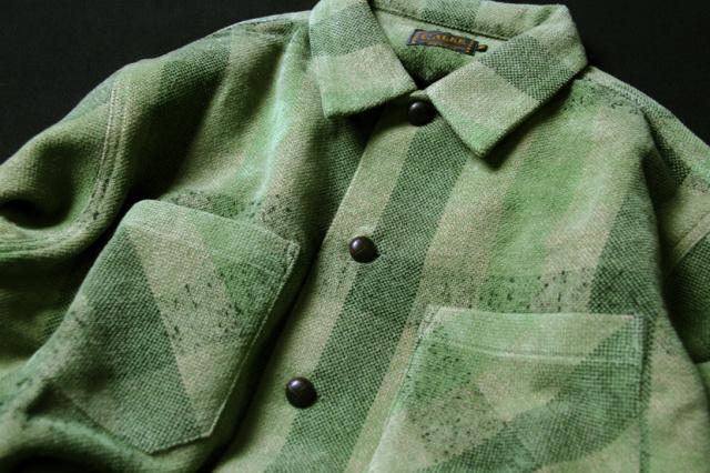 Wool L/S check shirt 28,080yen