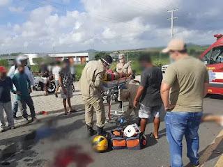 Câmera de segurança registra colisão entre duas motos em Guarabira; uma pessoa morreu