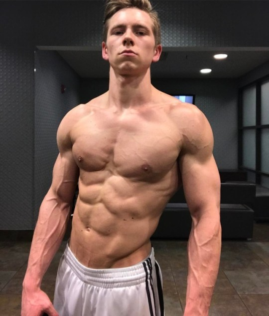 young-shirtless-cocky-ripped-gym-dude-strong-body