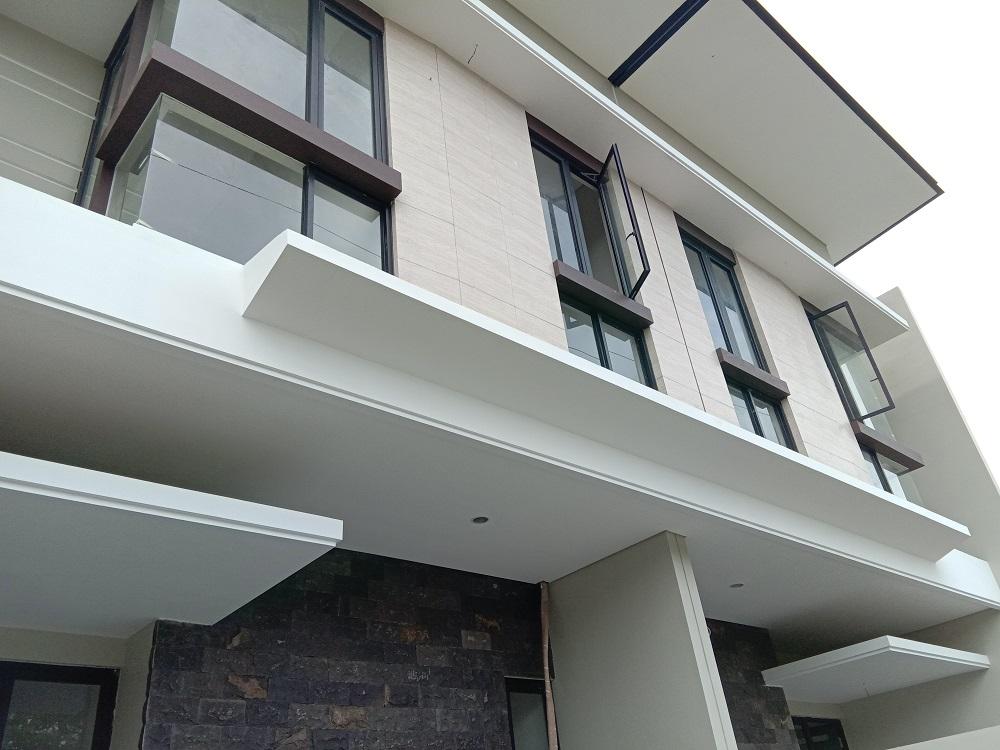 RUMAH SURABAYA: Rumah Baru Wiyung Surabaya Barat Lembah ...
