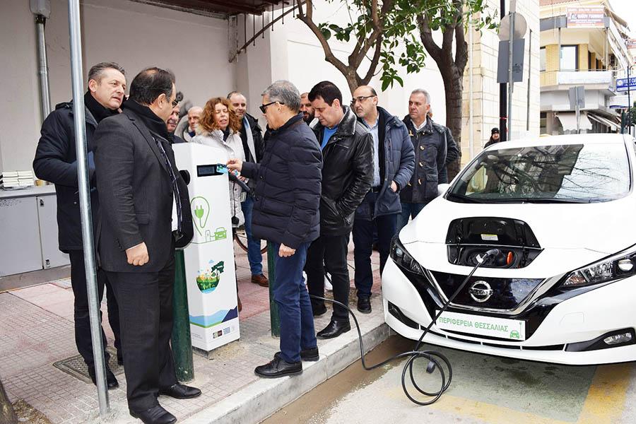 Σε λειτουργία ο Δημοτικός Σταθμός Φόρτισης Ηλεκτρικών Αυτοκινήτων στο Δήμο Καρδίτσας