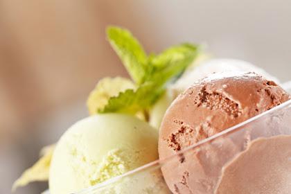 Membuat Es Krim Sehat untuk Si Kecil