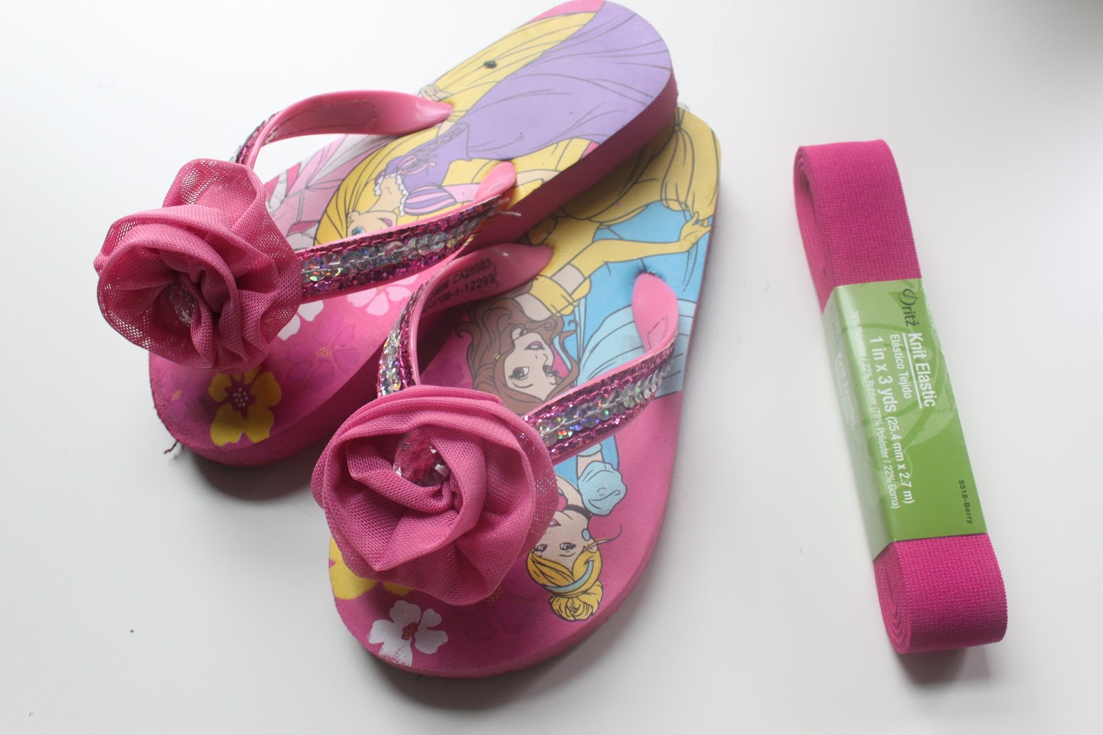 4b0fb226f36a EAT+SLEEP+MAKE  CRAFT  Easy Flip Flop Fix (Just Add Straps!)