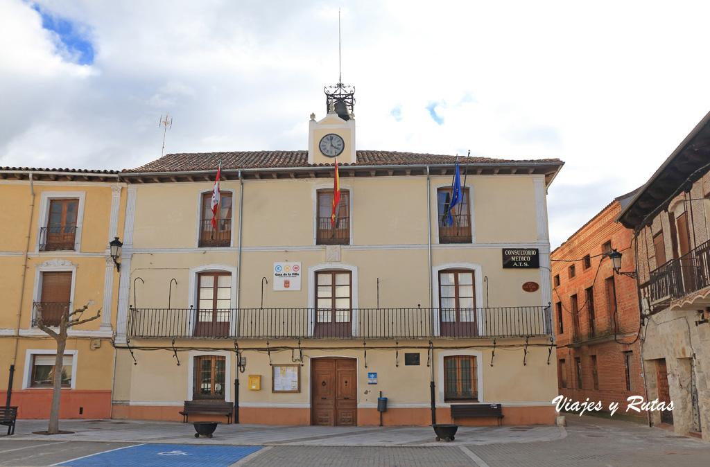 Ayuntamiento de la Plaza de la Villa, Portillo
