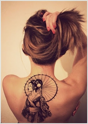 Latest-Stylishly-Challenging-Back-Tattoos-Ideas-for-Women-6