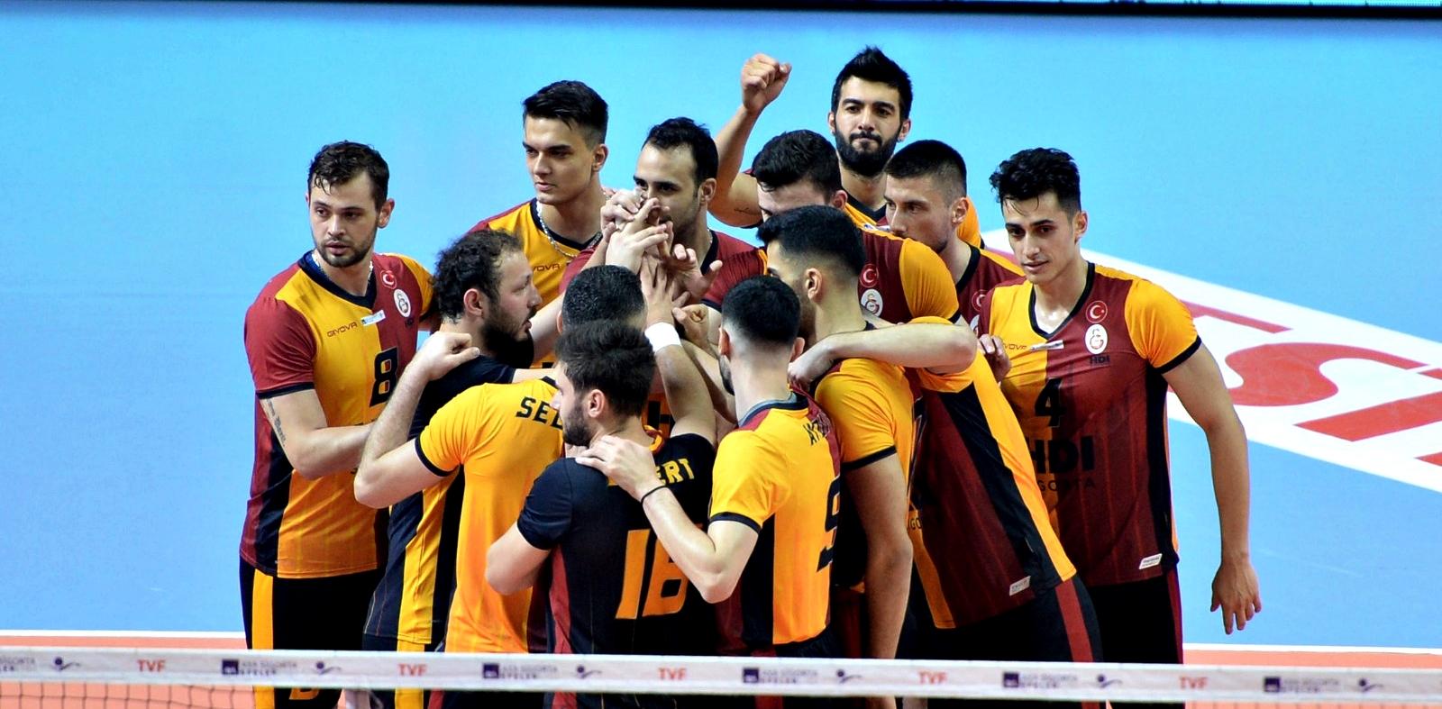 Efeler Ligi | Galatasaray deplasmanda kazandı!