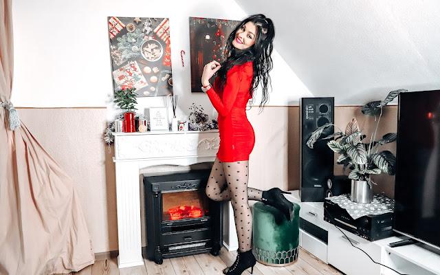 Sukienka idealna na święta Bożego Narodzenia - Życzenia świąteczne ! - Czytaj więcej »