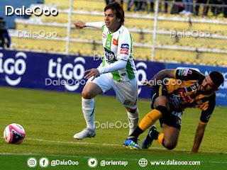 Pablo Zeballos en el partido de Oriente Petrolero ante The Strongest en La Paz - DaleOoo