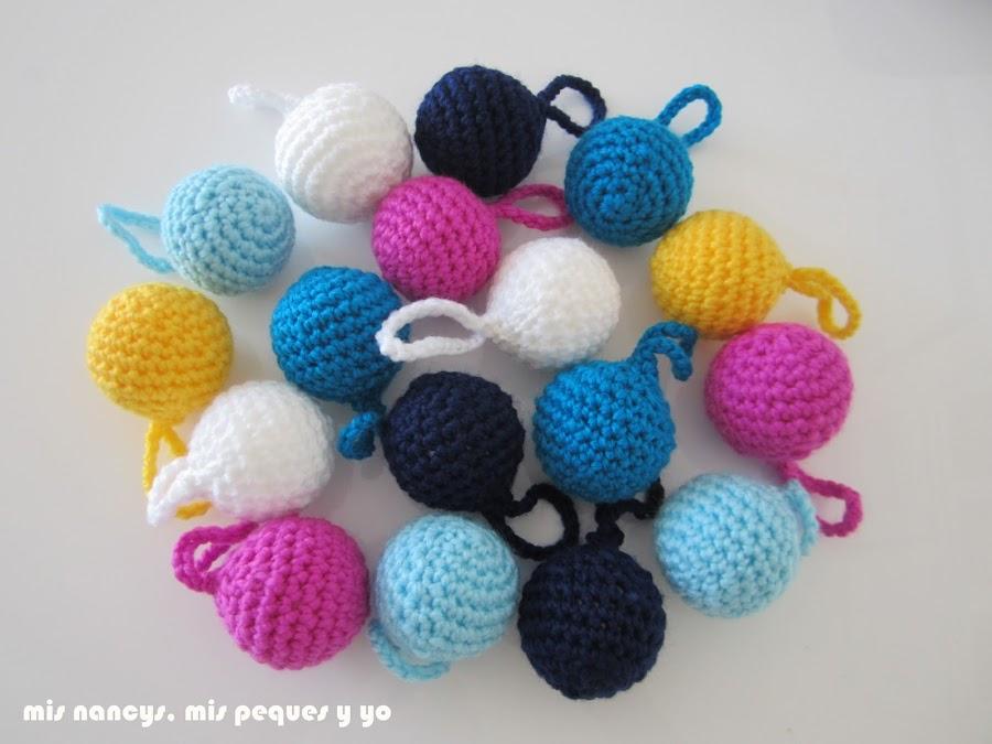 mis nancys, mis peques y yo, guirnalda con bolas de crochet, bolas de colores