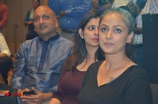 Simran and Vishal at the Launch of The Pride of Tamil Nadu Event Stills  0034.jpg